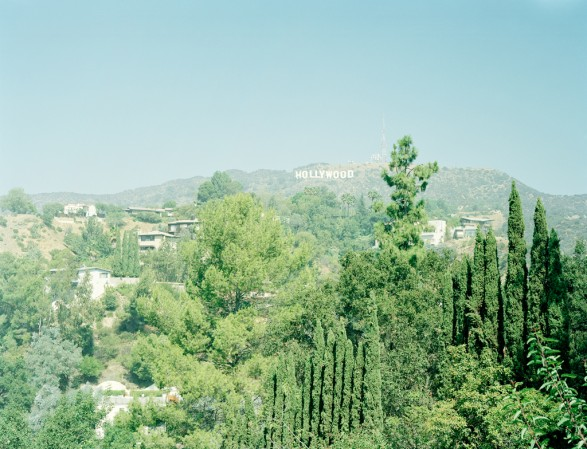 hollywood hills 587x449 Hollywood